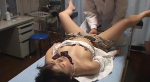 【院内盗撮 麻酔薬レ○プ 美人患者に狙いを定め診療中に投薬し身体が動かなくなったら勝手にSEX】のアダルト天国を見る