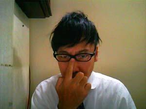 NP-722のオサレな眼鏡を古畑風に掛けてみました・・・