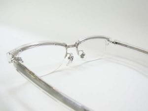 フロントからテンプルまできれいな仕上がりのメタルパーツとクリアーセルパーツ♪ 静岡 田方郡 函南 アラカワ 時計店 眼鏡店