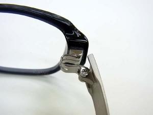フォーナインズ2010新パーツダブル逆Rヒンジが叶える機能性とデザイン性 伊豆 アラカワ時計店
