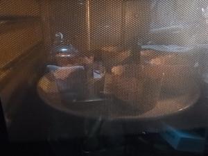 美味しくできるかな?オーブンで焼き上げ中♪