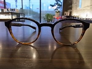 丸メガネの可愛さをこの一本でぜひ始めて下さい☆NP-101になります☆