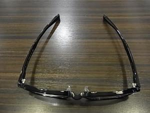 この形状とそれぞれのパーツの機能性が合わさって最高の眼鏡となります☆