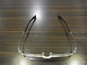 この形状とバランスが最高の眼鏡を生み出す!!!