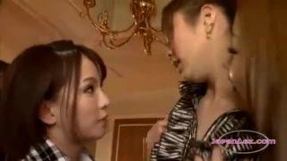 【adaruto レズ】30代の性欲盛んな三十路お姉さんのねっとりイチャラブレズ性交!!