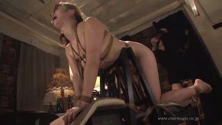 【じょおうさまをいたぶる無料動画】レズビアン女王様に激しくいたぶられ悲鳴を上げるSMレズビアン!