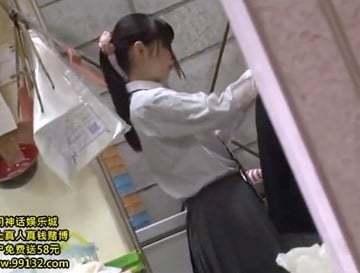 【adarutoの動画】家族の為に放課後スーパーでアルバイトする女子校生が鬼畜ストーカーのターゲットに!!