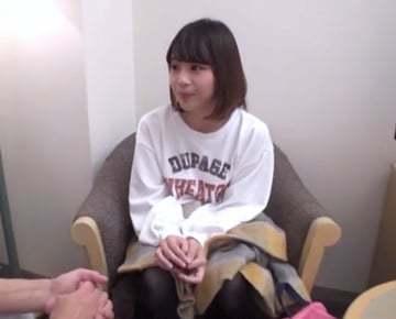 【ナンパもの無料動画】八王子のコンビニでアルバイトしている女子校生をナンパして即エッチ!