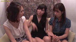 【ナンパレズ動画】レスビアンお姉さんがナンパした仲良し組の二人に本当に気持ちいレズセックスを伝授します!