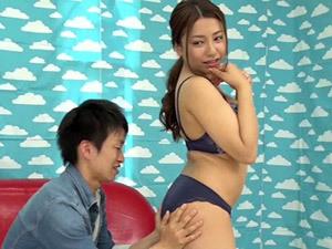 松本メイ 「挿れたいの…?」押しに弱い巨乳素人妻がしつこい男に押し切られて、なし崩し的にSEXさせられる!