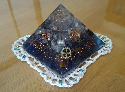 オルゴナイトピラミッド