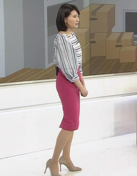 井上あさひアナ タイトスカートお尻。スタイルがいい