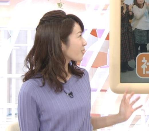 長野美郷アナ 紫のニット