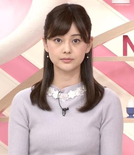 佐藤梨那アナ 日テレ若手美人アナのニットおっぱいキャプ