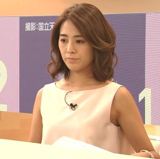 椿原慶子アナ ニュースを読むにはセクシーすぎる衣装