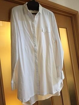 0425私の白シャツ