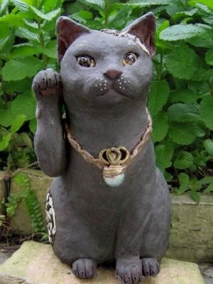 黒い招き猫 陶芸作品