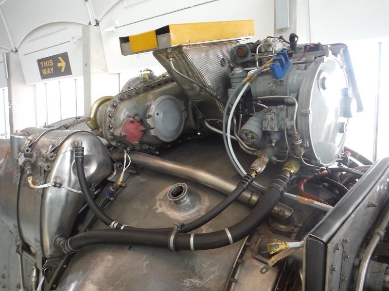 ハリアー実機エンジン11