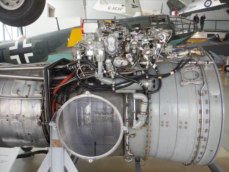 ハリアー実機エンジン12