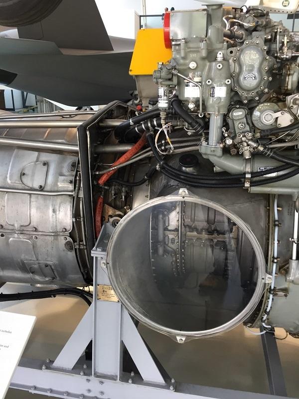 エンジン実機3