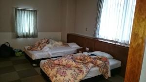 ねじめ温泉・ネッピー館、部屋、ツインベッド