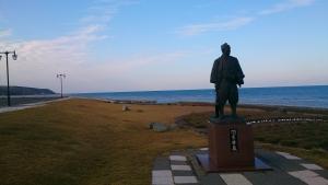 宗谷岬、間宮林蔵像。