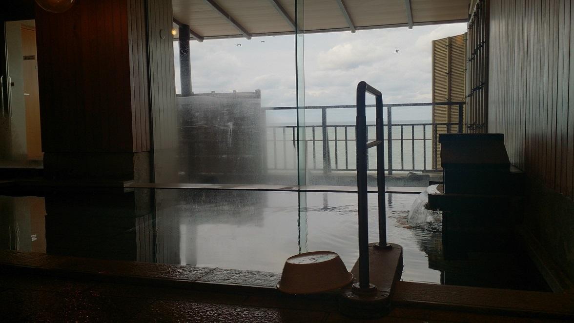海色・湯の宿 松月、大浴場