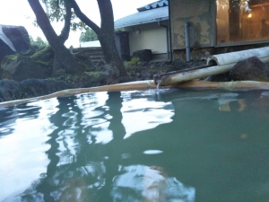 アーデンホテル阿蘇、「どんどこ湯」。露天風呂3