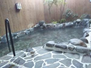 鷹の家、大浴場、露天風呂。