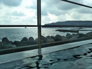 伊東パウエル、大浴場、露天風呂からの眺望