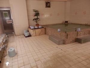 伊東パウエル、大浴場、内湯1