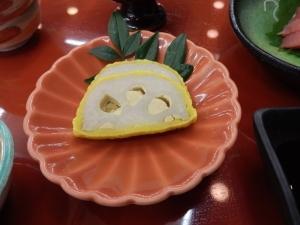 アーデンホテル阿蘇、夕食料理、辛子蓮根。