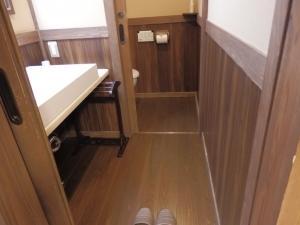 御客屋、和室、洗面スペース。