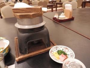 阿蘇プラザホテル、和会席料理、栗ご飯、一人炊き釜