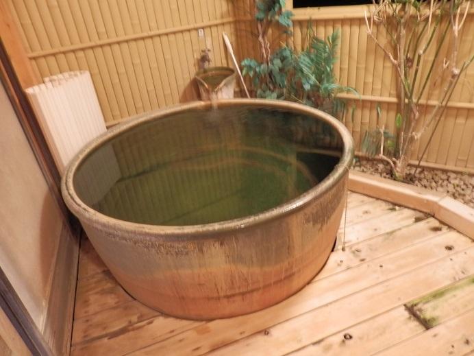 つるや隠宅、半露天風呂2
