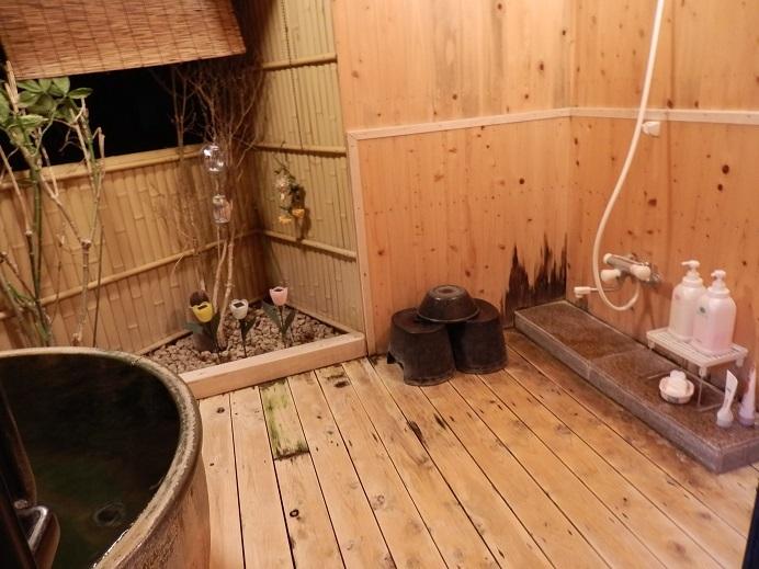 つるや隠宅、半露天風呂3