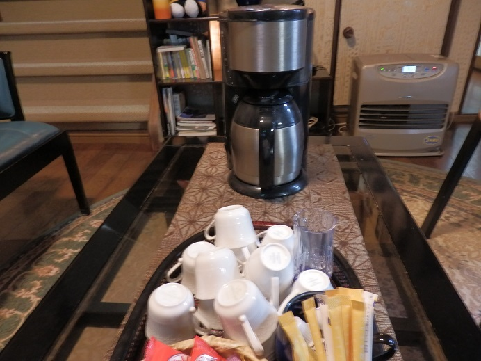 つるや隠宅、コーヒーサービス。