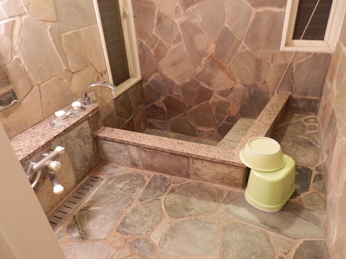 リバーサイドパーク七城、コテージ、浴室2