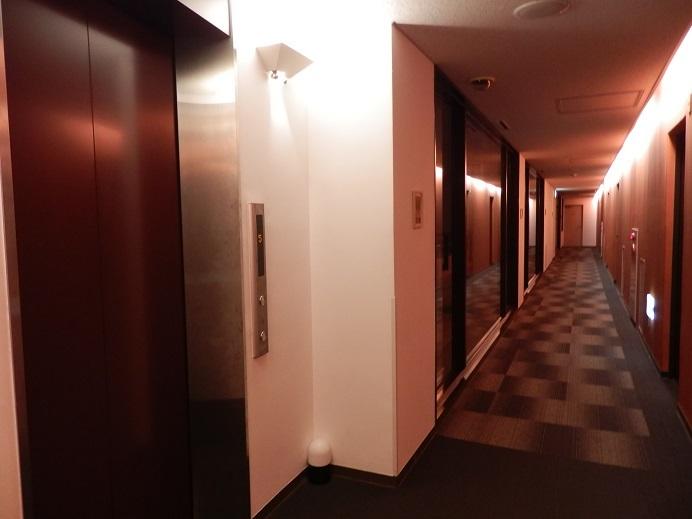 別府湯の宿ゆるり、客室階廊下。