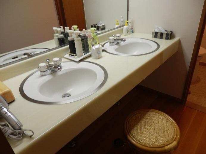 別府湯の宿ゆるり、部屋、洗面台。