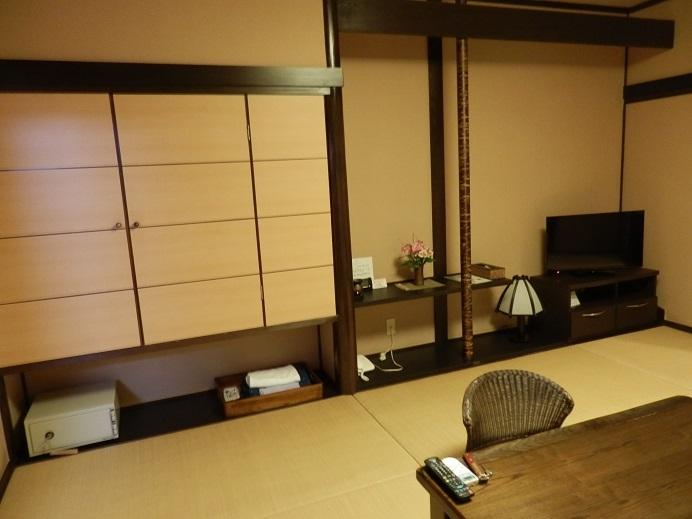 御宿友美荘、部屋、備品。