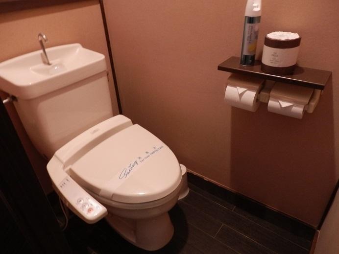 御宿友美荘、部屋、トイレ。