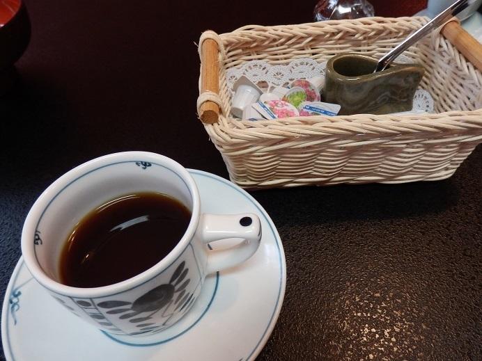 御宿友美荘、朝食、モーニングコーヒー。
