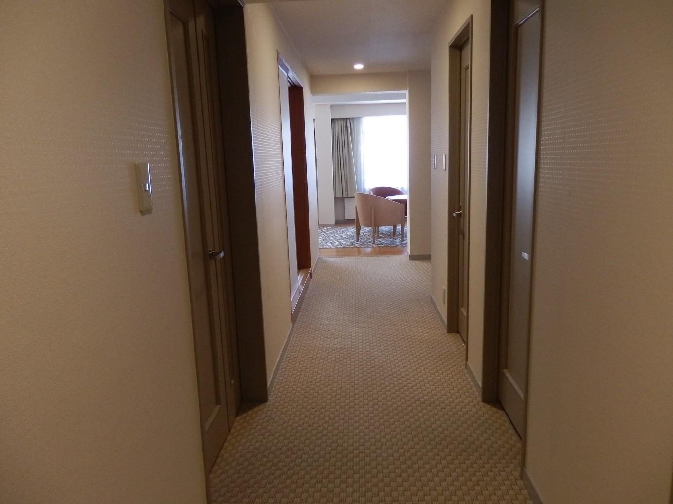 ホテルアンビエント蓼科、部屋廊下。