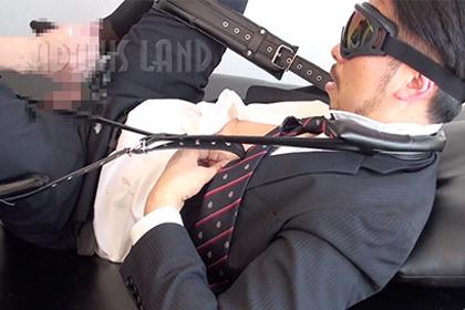 [ADONIS LAND] ケツ穴モロ感!変態ドMゴーグル既婚リーマン