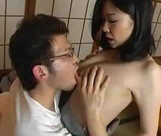 乳首エロい