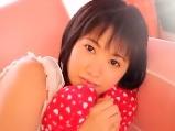 【君野由奈】可愛らしい女の子が初めてのショートカットにしてAV撮影