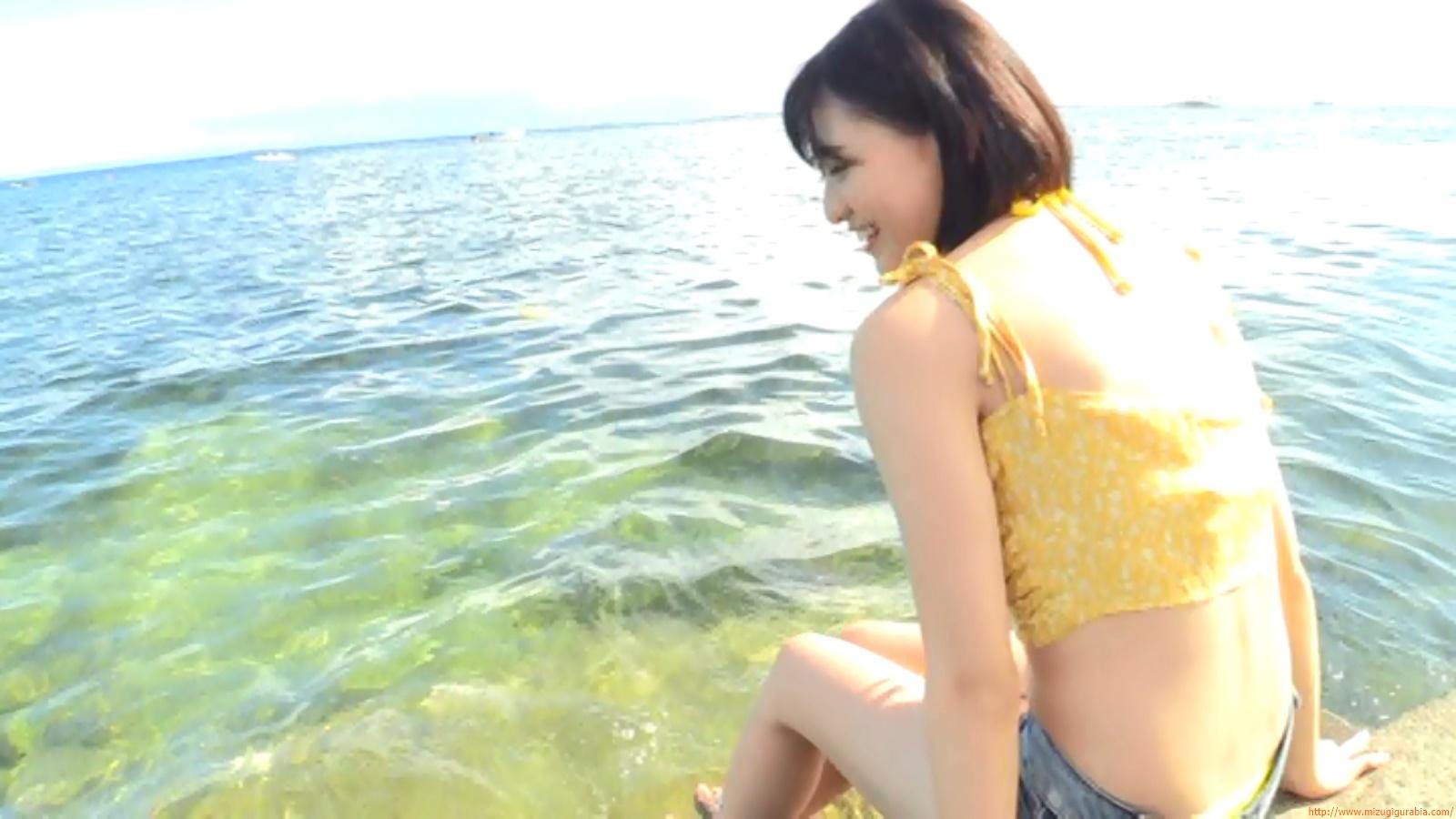 Beach dating045