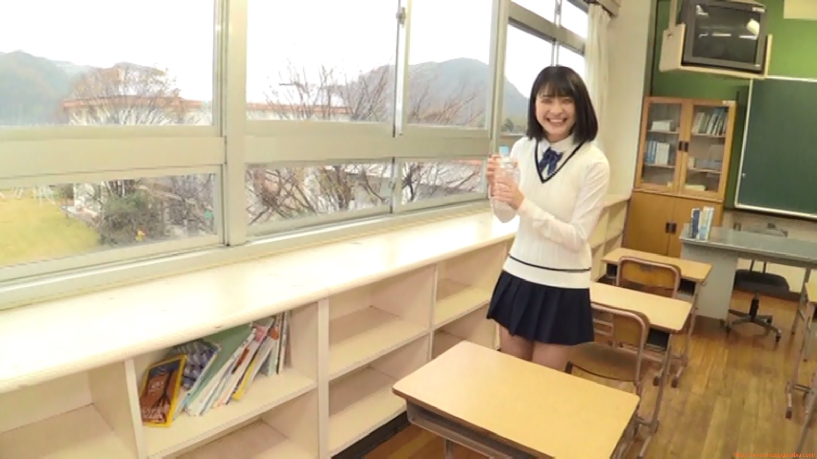 Two-person classroom090