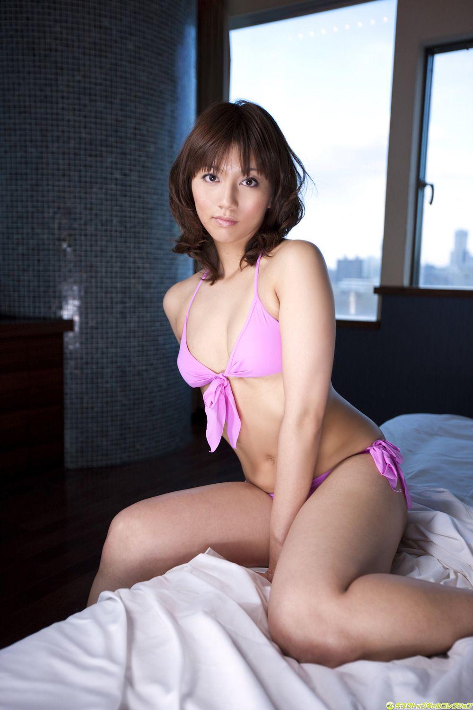 Marie Kais swimsuit045